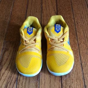 Nike Kyrie Irving Toddler Boy Size 8C